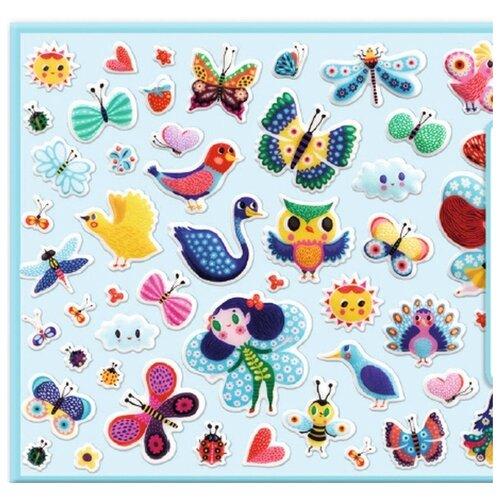 Набор объемных наклеек Djeco Маленькие крылышки (09083) детские наклейки djeco набор объемных наклеек мамы и детки