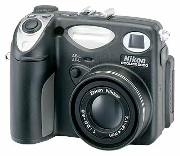 Фотоаппарат Nikon Coolpix 5000