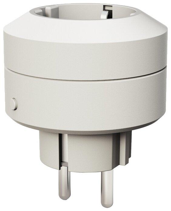 Розетка Life Control MCLH-03,10А, с заземлением, белый фото 1