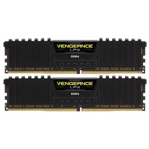 Купить Оперативная память Corsair DDR4 3000 (PC 24000) DIMM 288 pin, 16 ГБ 2 шт. 1.35 В, CL 15, CMK32GX4M2B3000C15