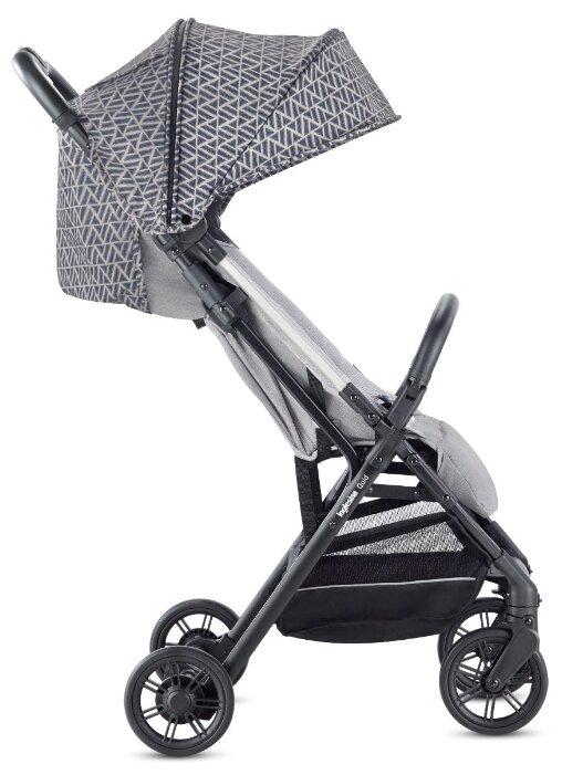 Прогулочная коляска Inglesina Quid (с накидкой на ножки)