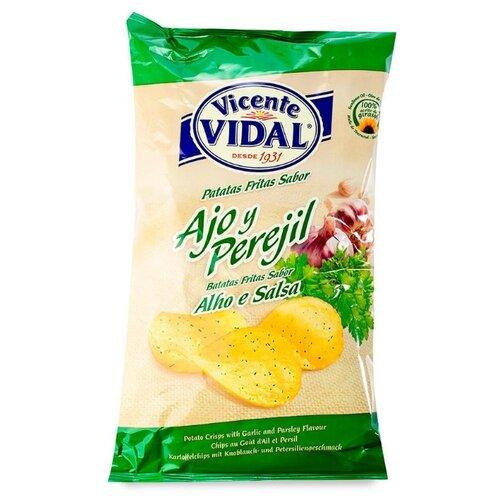 Чипсы Vicente VIDAL картофельные с чесноком и петрушкой, 135 г недорого