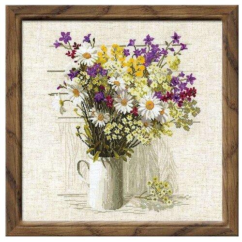 Купить Риолис Набор для вышивания крестом Полевые цветы 45 х 45 (924), Наборы для вышивания