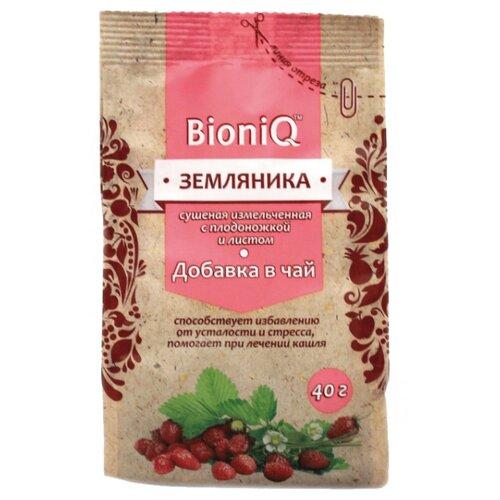 Земляника BioniQ сушеная измельченная с плодоножкой и листом, 40 г