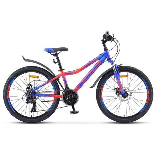 Подростковый горный (MTB) велосипед STELS Navigator 410 MD 24 21-sp V010 (2019) синий/неоновый/красный 13 (требует финальной сборки) велосипед stels navigator 410 md 24 21 sp v010 13 неоновый красный