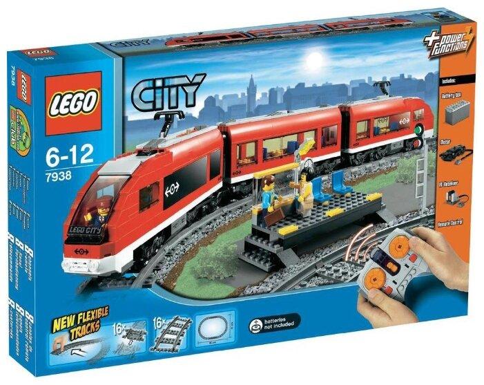 Конструктор LEGO City 7938 Пассажирский поезд