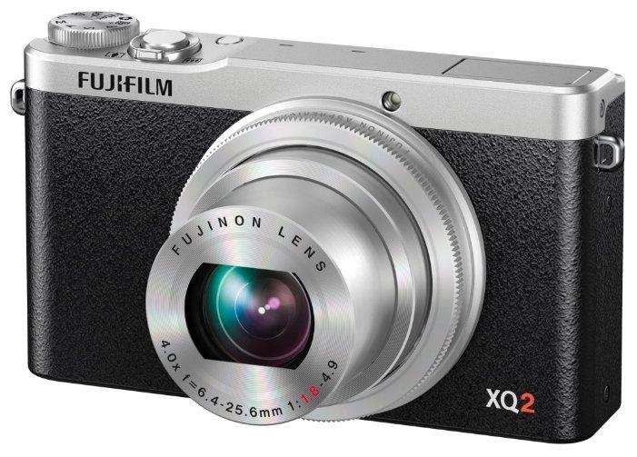 Компактный фотоаппарат Fujifilm XQ2