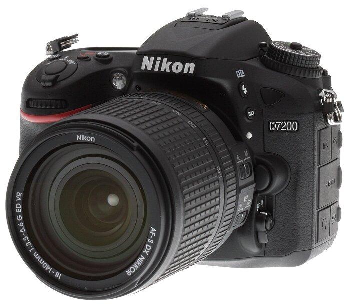 Сравнение с Nikon D7200 18-105 VR Kit