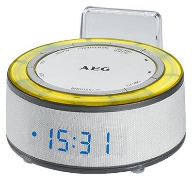 Радиоприемник Часы с радиоприёмником AEG MRC 4151 белый