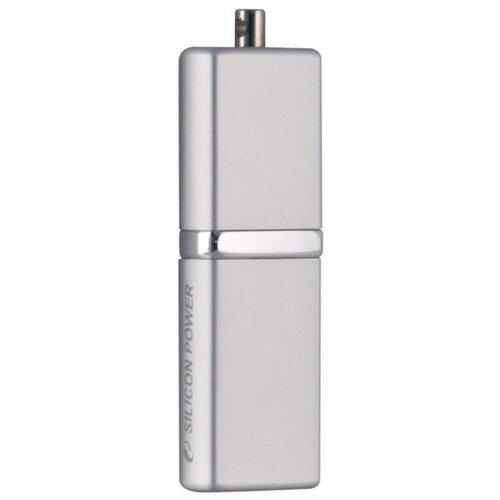 Фото - Флешка Silicon Power LuxMini 710 16Gb серебряный флешка silicon power luxmini 720 16gb peach