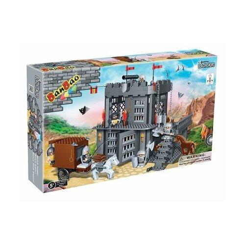 цена на Конструктор BanBao Черный меч 8261 Замок 705 деталей