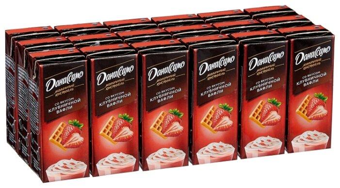 Молочный коктейль Даниссимо Клубничная вафля 2.5%, 215 г, 18 шт.