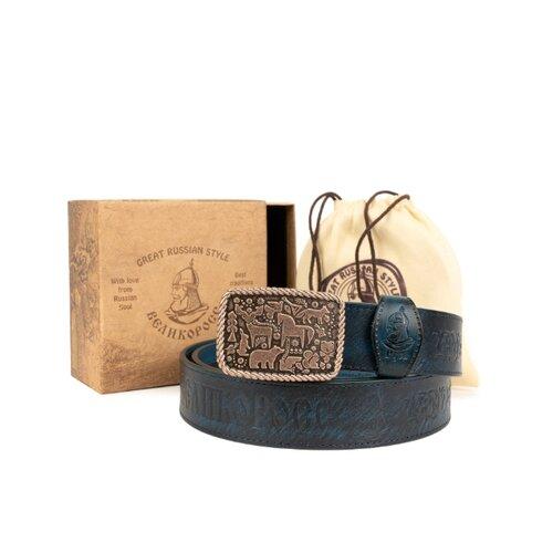 Кожанный ремень в подарочной упаковке Великоросс. «Сочинский» на бляхе автомат. Воловья кожа, мельхиоровый сплав. 110 см.