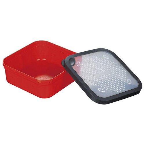 Коробка для приманок для рыбалки MIKADO UAC-G017 17х17х6.7 см красный