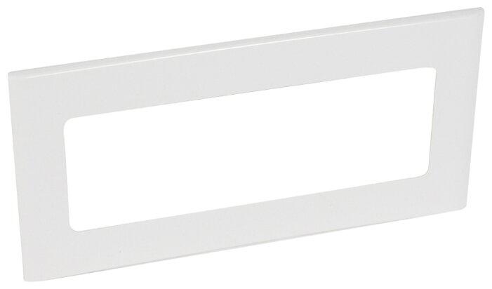 Лицевая накладка/ суппорт с рамкой для монтажа эуи в настенном кабель-канале Legrand 010934