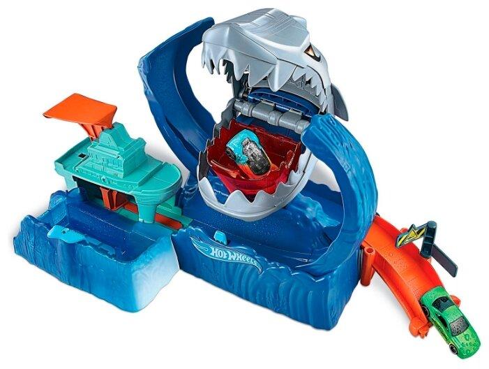 Трек Hot Wheels City Robo Shark Frenzy GJL12