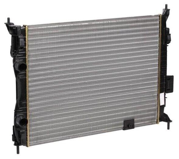 Радиатор Luzar LRc 14J00 для Nissan Qashqai