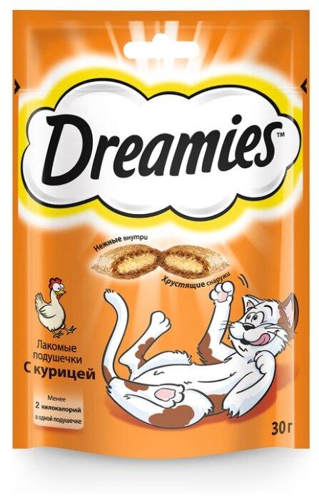 Лакомство для кошек Dreamies Подушечки с курицей