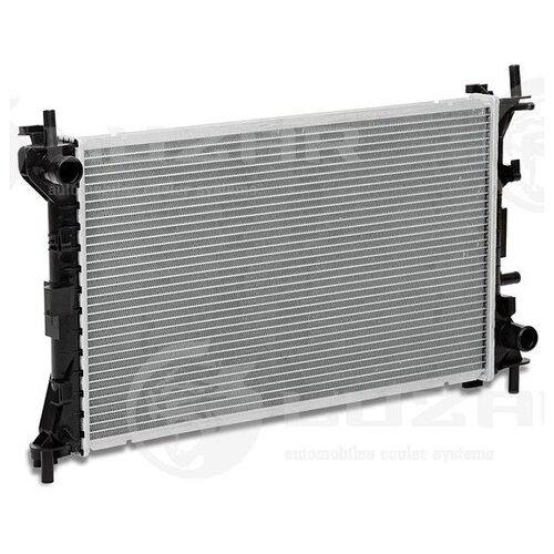 Радиатор Luzar LRc FDFs98111 для Ford Focus