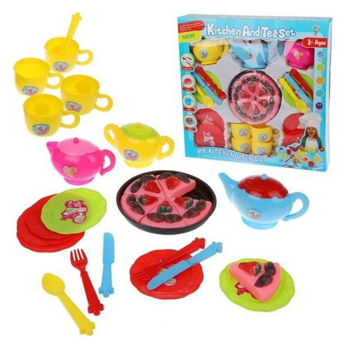 Набор продуктов с посудой Наша игрушка Чаепитие LD663-03 в ассортименте набор продуктов с посудой наша игрушка в корзинке xs16003b голубой розовый белый