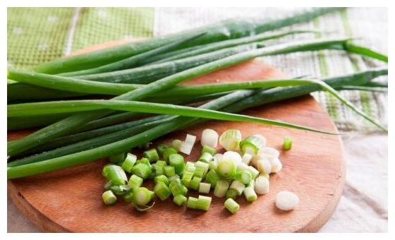 ВкусВилл Лук зеленый, пакет полиэтиленовый (Россия)