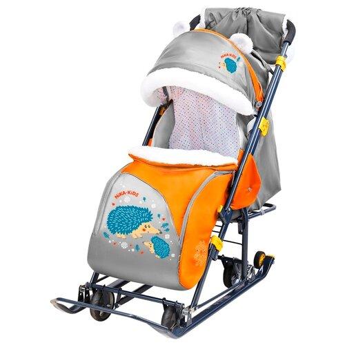 Санки-коляска Nika Ника-детям 7-6 (НД7-6) с ежиком оранжевый/серый санки коляски ника детям 6 енот зеленый серый