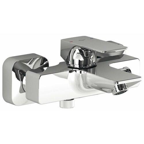 Фото - Смеситель для ванны с подключением душа Ideal STANDARD Strada A5848AA однорычажный смеситель для ванны с подключением душа ideal standard ceraflex b 1740 aa однорычажный