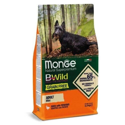 Сухой корм для собак Monge BWILD Feed the Instinct для здоровья кожи и шерсти, утка с картофелем 2.5 кг (для мелких пород) сухой корм для собак forza10 best breeders 26 15 для здоровья кожи и шерсти оленина с картофелем 20 кг