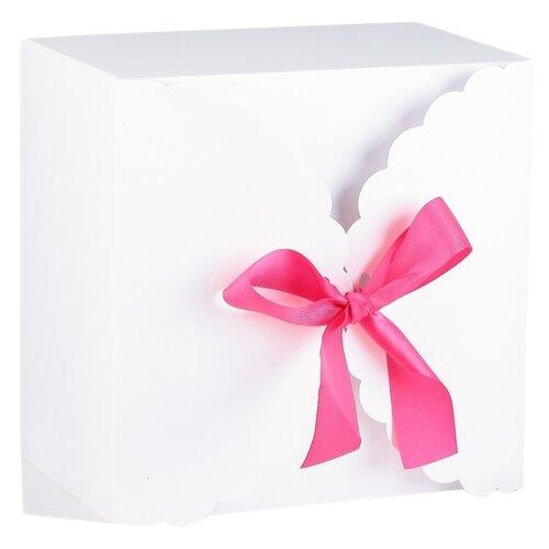 Коробка подарочная Yiwu Zhousima Crafts сборная для сладкого 22 х 14.5 х 22 см белый