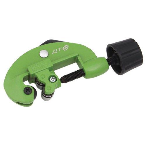 Фото - Роликовый труборез Дело Техники 820340 3 - 28 мм зеленый роликовый труборез zenten basick 7330 3 3 30 мм красный