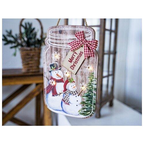 Светящееся панно БАНОЧКА СНЕГОВИЧКОВ (Merry Christmas), MDF, 5 тёплых белых LED-огней, 17x27 см, таймер, батарейки, Kaemingk светящееся панно баночка снеговичков merry christmas mdf 5 тёплых белых led огней 17x27 см таймер батарейки kaemingk