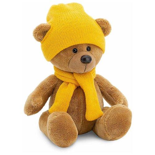 мягкая игрушка медведь choco сидячий в вязанной шапке с сердечками Мягкая игрушка Orange Toys Медведь Топтыжкин коричневый в шапке и шарфе 17 см