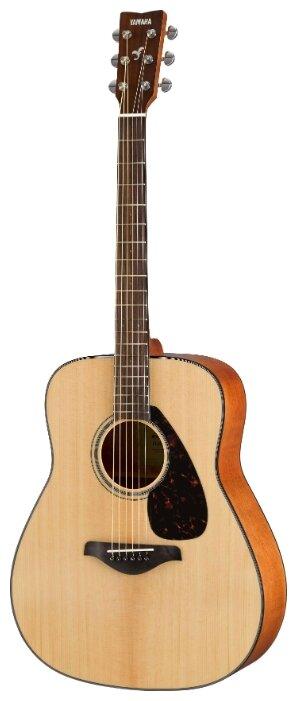 Классическая гитара YAMAHA Natural FG800