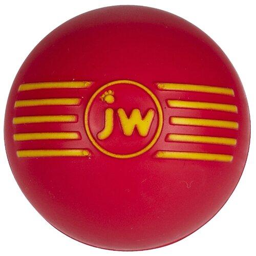 цена Мячик для собак JW Pet Company Мяч с пищалкой, каучук средний (JW43031) красный онлайн в 2017 году
