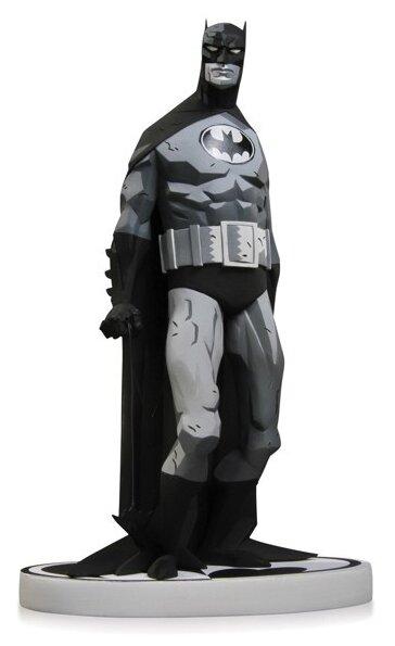 Фигурка Diamond Comic Distributors Batman Black & White by Mike Mignola