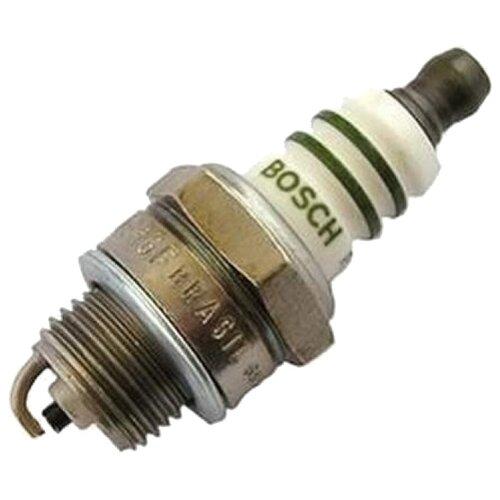 Свеча зажигания Bosch WSR6F (0 242 240 576) 1 шт.