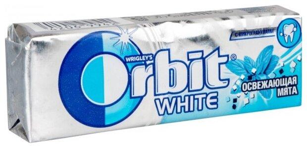 Жевательная резинка Orbit Освежающая мята, 13,6 г