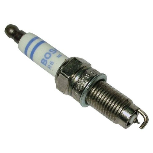 Свеча зажигания Bosch YR7LPP332W (0 242 135 510) 1 шт.
