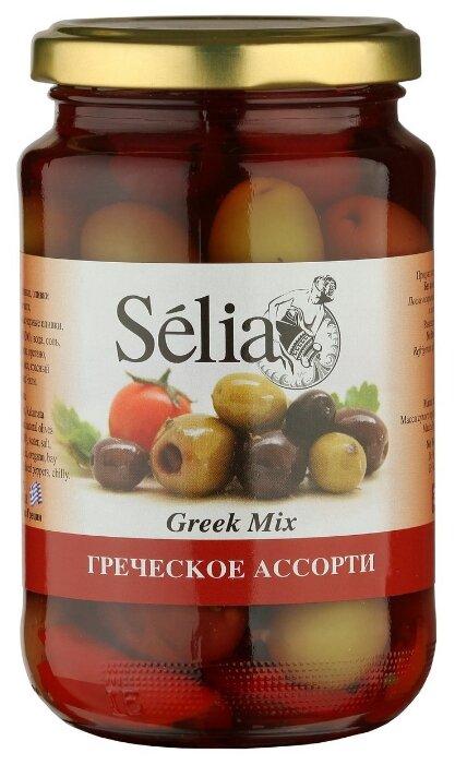 Selia Греческое ассорти из оливок с косточкой, чеснока и перца в рассоле, стеклянная банка 370 г