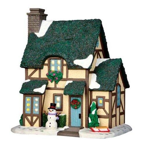 фигурка lemax платформа с рождественскими игрушками 10 4 x 18 x 10 см красный зеленый Фигурка LEMAX Зимний Шале 19 x 17.1 x 12.8 см зеленый/бежевый