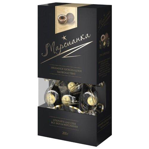 Набор конфет Сладкий орешек Марсианка Три шоколада, белый, молочный и темный шоколад, 200г черный