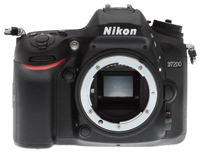 Nikon Зеркальный фотоаппарат Nikon D7200 Body