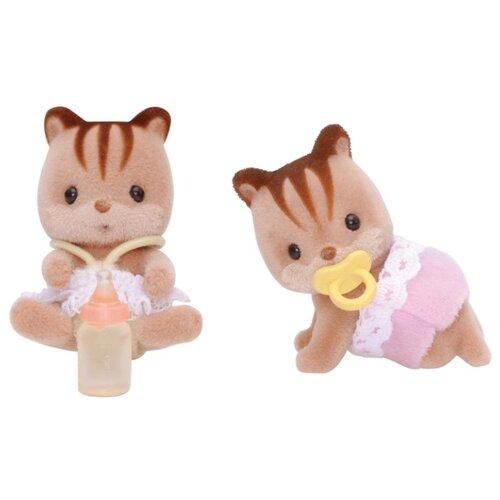 Купить Игровой набор Sylvanian Families Бельчата-двойняшки 3218/5081, Игровые наборы и фигурки