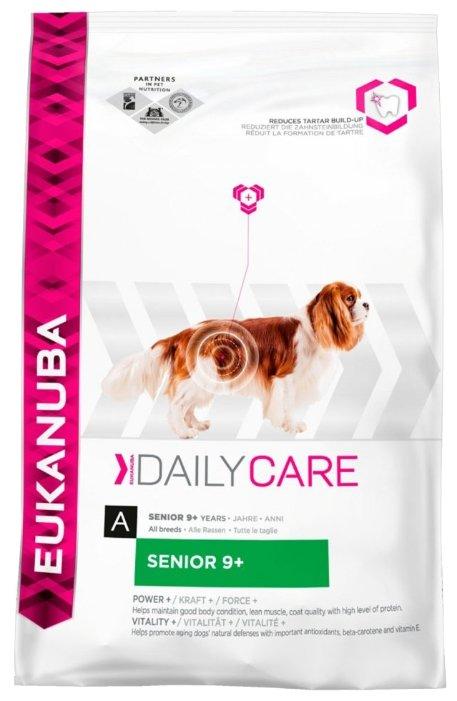 Корм для пожилых собак Eukanuba Daily Care для здоровья кожи и шерсти, курица 2.5 кг