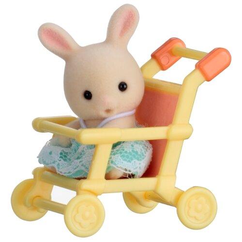 Купить Игровой набор Sylvanian Families Младенец в сундучке 5200, Игровые наборы и фигурки
