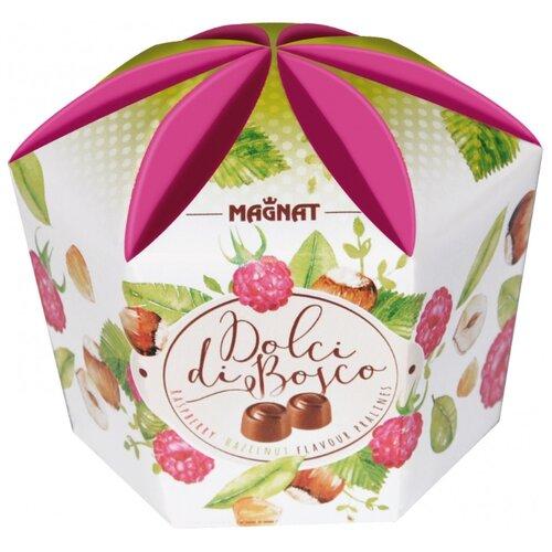Набор конфет Magnat Dolci di Bosco молочный шоколад с малиновой и ореховой начинкой, 161 г набор конфет magnat christmas nuts gold c орехом и ореховым кремом 245 г