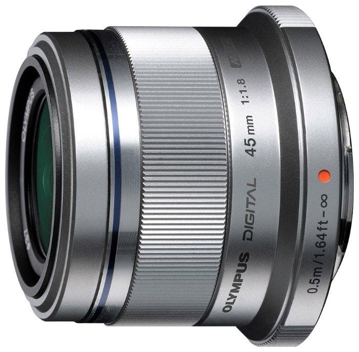 Olympus 45mm f/1.8 Silver
