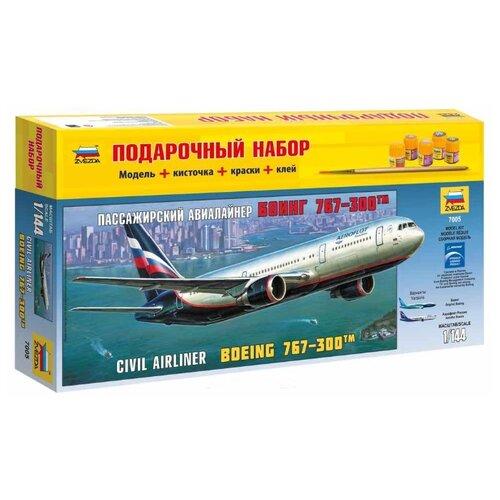 Купить Сборная модель ZVEZDA Пассажирский авиалайнер Боинг 767-300 (7005PN) 1:144, Сборные модели