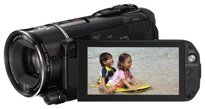 Сравнение с Canon LEGRIA HF S200
