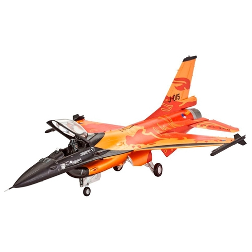 Сборная модель Revell Lockheed Martin F-16 Mlu Solo Display (63980) 1:72